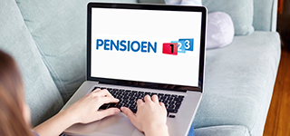 tr-pensioen123-vrouw-met-laptop